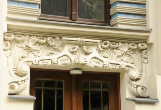 Art Nouveau, door detail