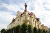 Art Nouveau building in the corner of Alebrta Iela