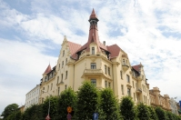 Art Nouveau building in the corner of Alebrta Iela
