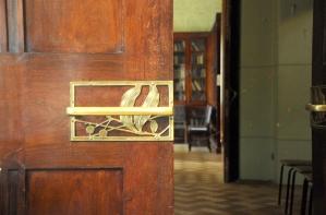 Ryabushinsky's House - handle