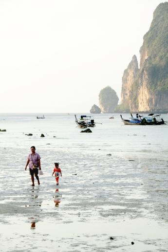 Low Tide - Koh Phi Phi